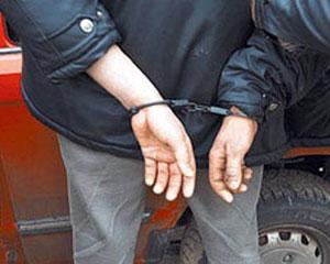 Polis dələduzları tutdu
