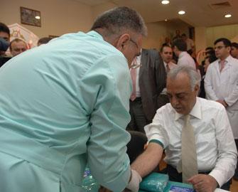 <b>Abdulbari Goozal qan verdi –<font color=red> Foto</b></font>