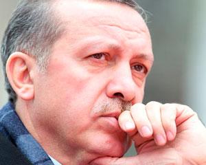 <b>AKP rəqiblərini böyük fərqlə məğlub edir - </b>