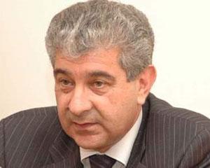 Əli Əhmədov rumınlarla görüşdü