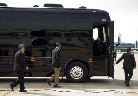 <b>Obamanın 1 milyon dollarlıq avtobusu -<font color=red> Fotolar</b></font>