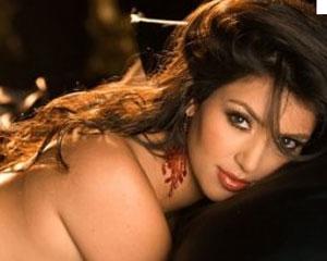 <b>Kim Kardaşyanın porno kasetinə 30 milyon dollar verirlər</b>