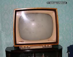 65 yaşlı televizor