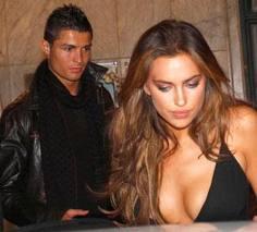 <b>Ronaldo rus manikenlə evlənir</b>