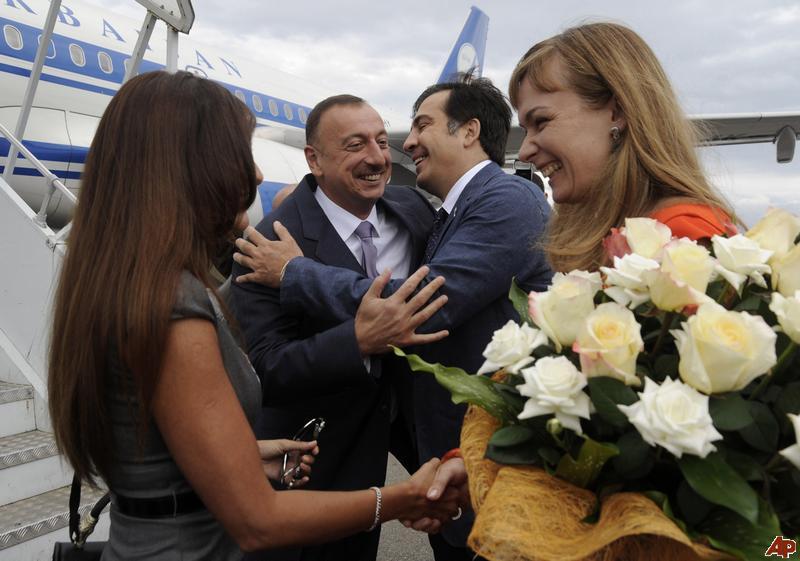 Əliyev Saakaşvili görüşü
