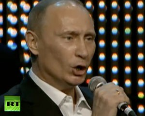 Yazıçılar Putinə naqolay suallar verdilər