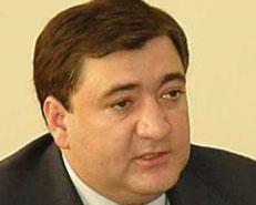 Fazil Məmmədov yanacaqdoldurma məntəqələrindən danışdı