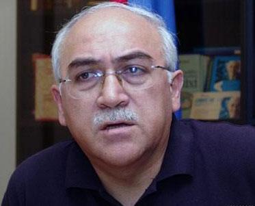 İsa Qəmbər Türkiyəyə gedir