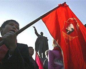 <b>Bu da Etibar Hüseynovun təklif etdiyi himn -<font color=red>Video</b></font>