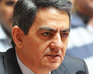 <b>Əli Kərimli Tunisli ilə bacanaq olur</b>