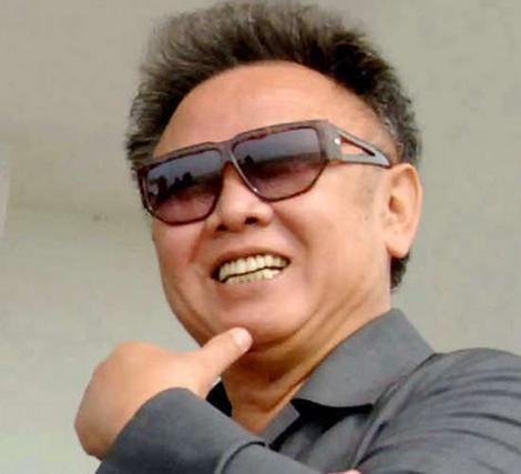 Müəmmar Qəddafi Şimali Koreyada hələ də sağdır