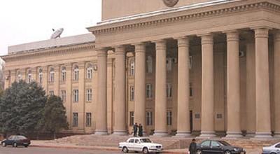 Qırğızıstanda prezident seçkiləri başa çatdı