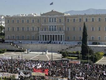 Yunanıstan referenduma gedir