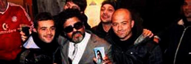 <b>Türk Maradona pərəstişkarları heyrətə saldı </b>