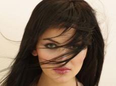 <b>Azərbaycanlı model ağladı - <font color=red>Foto</b></font>