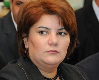 <b>Azərbaycan mediasının APA-sı –<font color=red> Yaranma</b></font>