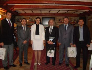 Türk idmançıları Qənirə Paşayeva ilə görüşüblər