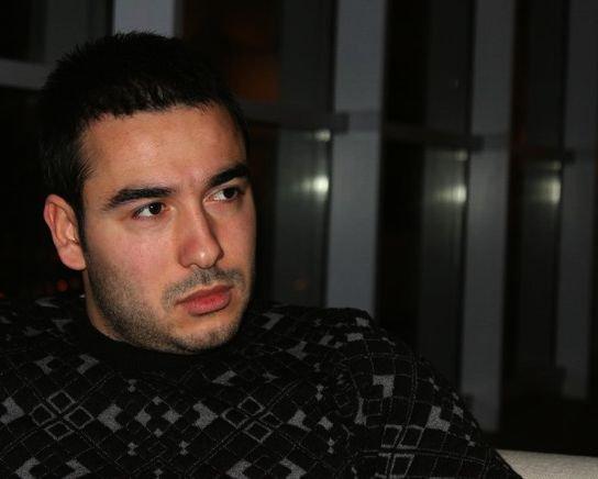 Pərviz Mahmudov Sevda və Günaydan sonra kimə mahnı yazdı?