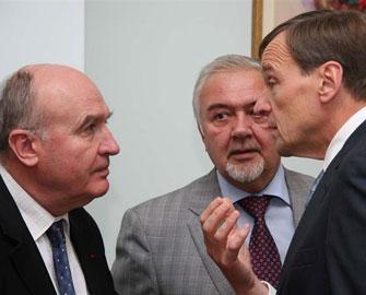 Azərbaycan Minsk Qrupunun təklifini araşdırır