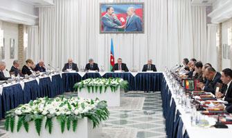 Dövlət Komissiyası 2011-ə yekun vurdu