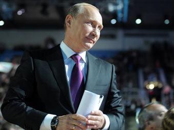 Putin 4 ilə 600 min qazanıb