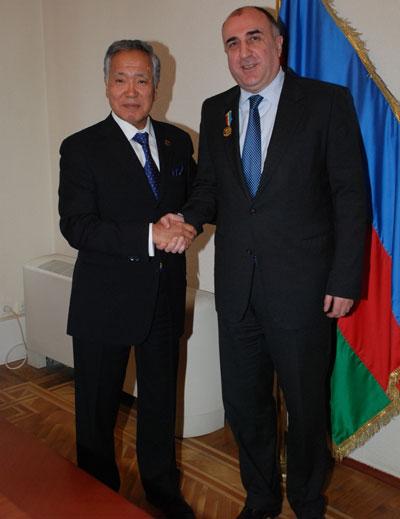 Nazarbayev Məmmədyarovu təltif etdi
