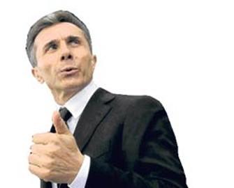 "<b>Prezidentin rəqibi ""vuruldu""</b>"