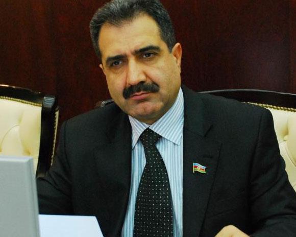 <b>Müxalifət partiyasının lideri Rəsulzadə irsinin araşdırılmasını davam etdirir</b>