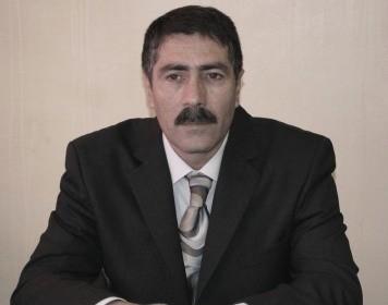 <b>Müxalifət funksionerini oğlu ilə hədələyirlər</b>