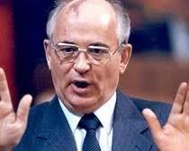 <b>Qorbaçov referendum təklif etdi</b>