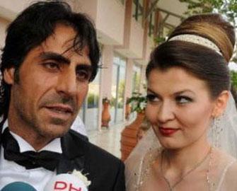 <b>Abdulhey də boşandı</b>