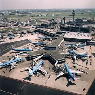 <b>Aeroportu partlatmaq istəyən rus çıxdı</b>