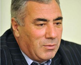 <b>Partiya sədri prezidentliyə iddiasını ortaya qoydu</b>