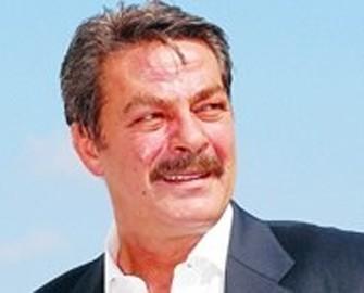 <b>Məşhur aktyorda ağciyər xərçəngi tapıldı</b>