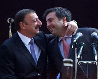 """<b>""""İlham Əliyevlə görüşməkdən həmişə məmnunam"""" - <font color=red>Saakaşvili</b></font>"""