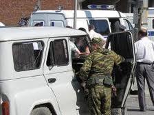 <b>Dağıstanda terror: 4 polis öldü, 2-si ağır yaralandı</b>