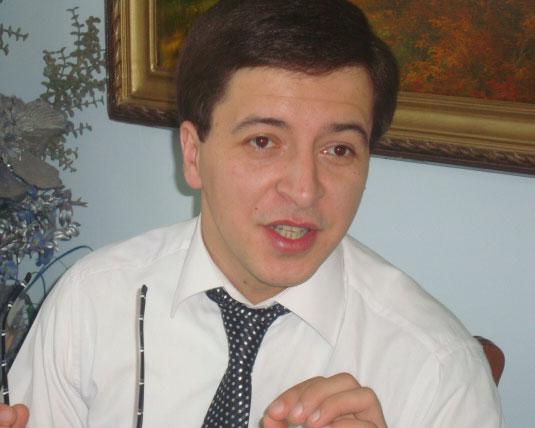 """<b>""""Ramiz Mehdiyev hər yoldan keçənə cavab verəcəksə..."""" – <font color=red>Müsahibə</b></font>"""