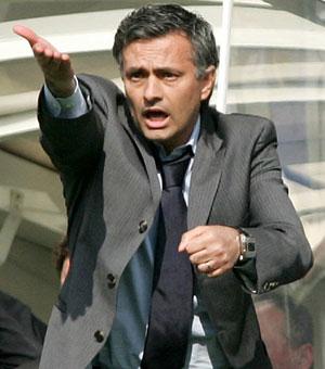 """Mourinyo indidən """"ağlayır"""""""