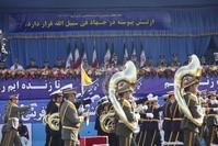 İranda Milli ordu günü qeyd olundu