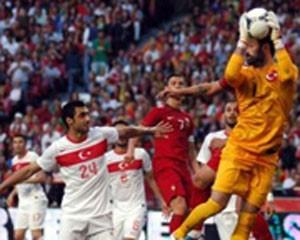 <b>Türkiyədən Portuqaliyaya futbol dərsi - <font color=red>Video</b></font>