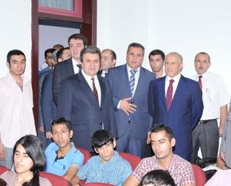 Qafqaz Universiteti Əmək Yarmarkası keçirib