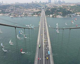 <b>İstanbulun üçüncü boğaz körpüsünü Azərbaycanda işləyən şirkət tikəcək </b>