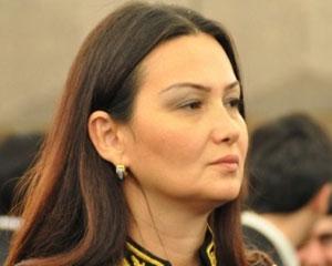 <b>Qənirə Paşayeva Saakaşvilinin xanımı ilə görüşdü</b>