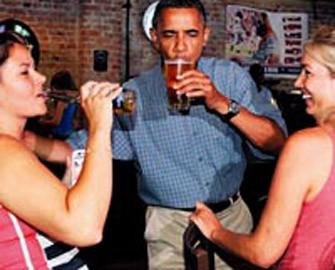 <b>Obama vətəndaşla qol güləşməyə qorxdu</b>