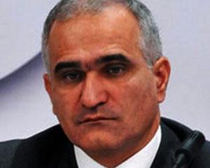 Şahin Mustafayev nazirliyi topladı