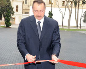 Prezident sement zavodunun açılışını etdi