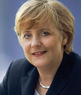<b>Angela Merkel sünnətdən danışdı</b>