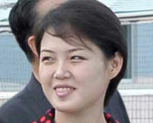 <b>Şimali Koreya liderinin arvadı müğənni çıxdı - <font color=red>Video</b></font>
