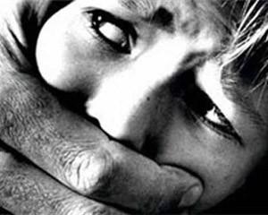 <b>Dörd azyaşlı qıza təcavüz edən azərbaycanlı saxlanılıb</b>