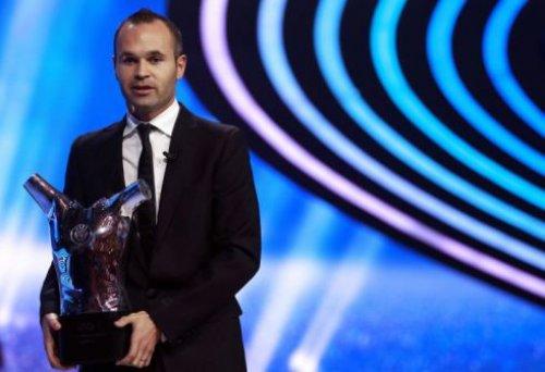 <b>Avropanın ən yaxşı futbolçusu - <font color=red>Fotolar</b></font>